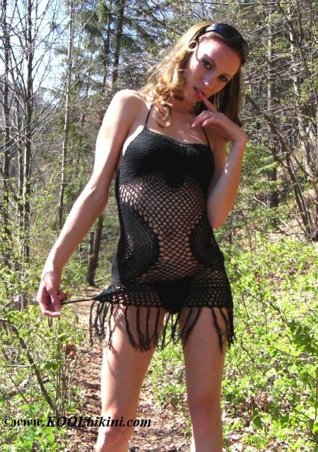 41041 - Super Mini Dress Hand Crochet Round Fringes